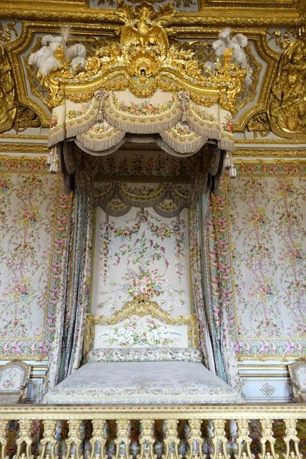 ベルサイユ宮殿がホテルに!_b0164803_15555366.jpg