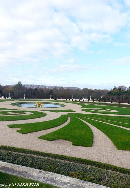 ベルサイユ宮殿がホテルに!_b0164803_15574048.jpg