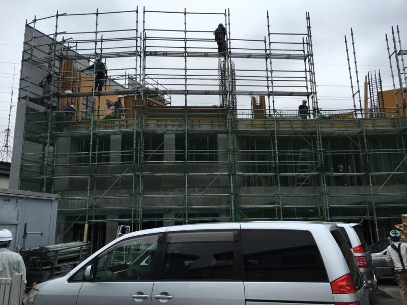 2階壁の型枠ばらし_b0323817_18244622.jpg