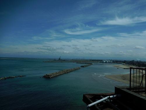 昼休み  海へ散歩_c0327752_15105219.jpg