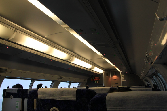 上野・東京ライン _d0202264_21233872.jpg