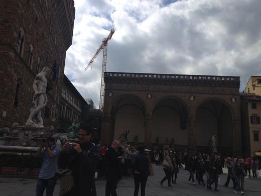 ヴェッキオ宮殿のアルノルフォの塔に上る(前編)_a0136671_23444954.jpg