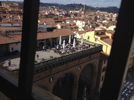 ヴェッキオ宮殿のアルノルフォの塔に上る(前編)_a0136671_2347309.jpg