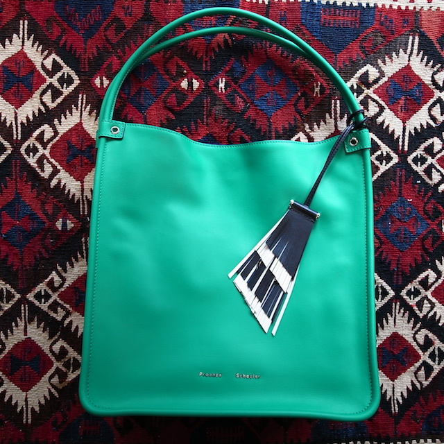 DETAIL PROENZA SCHOULER MEDIUM TOTE ALOE:SORRY,SOLD OUT!_f0111683_17424029.jpg