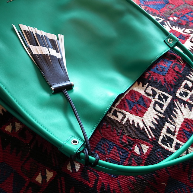 DETAIL PROENZA SCHOULER MEDIUM TOTE ALOE:SORRY,SOLD OUT!_f0111683_17425050.jpg