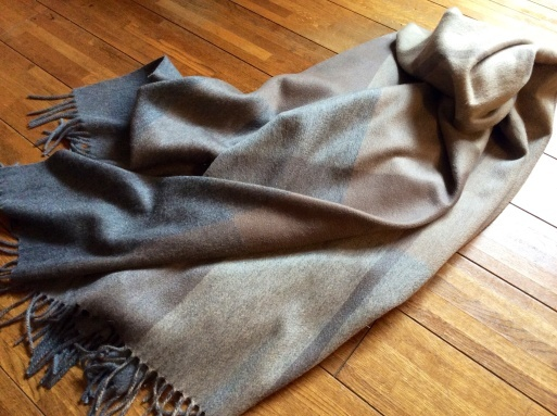 Iuxuryな毛布…CLOMBOのカシミア_b0210699_01012234.jpg