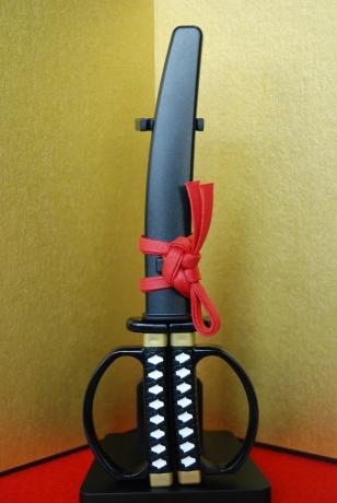 日本刀ハサミがすごい!真面目な遊び心で世にない商品を!_a0026530_15051024.jpg