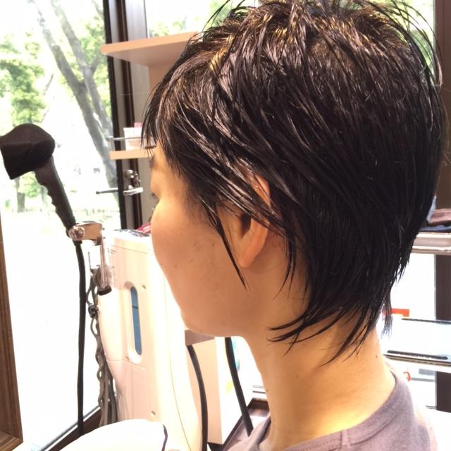 黒髪ベリーショート × 赤リップ_a0272765_17414551.jpg