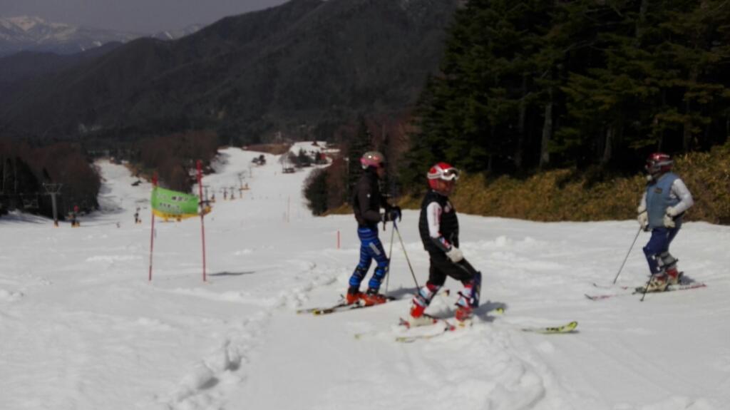 春スキー 10時間券購入_e0356469_21354932.jpg