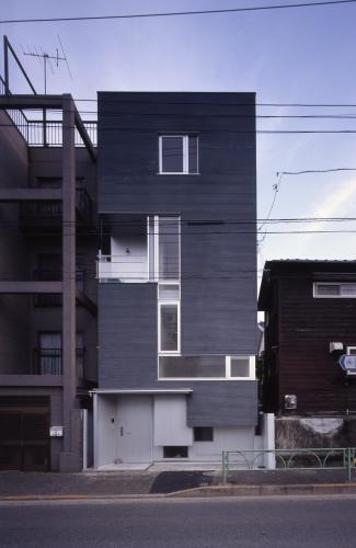 この世に一つしかない、建物の顔_c0070136_18474984.jpg