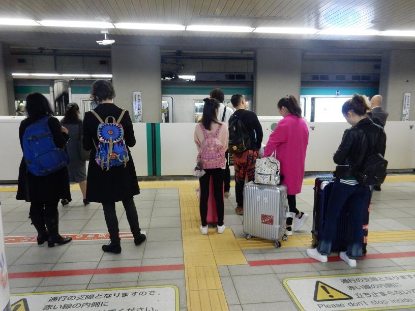 イースター(復活祭)休暇中の京都、大阪はにぎわってました_b0235153_1044361.jpg