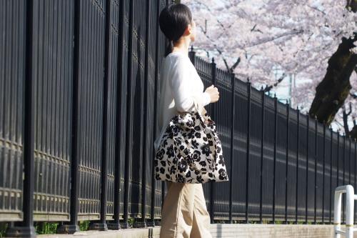 ファブリックを楽しむ「wear bag」_e0243765_21584956.jpg
