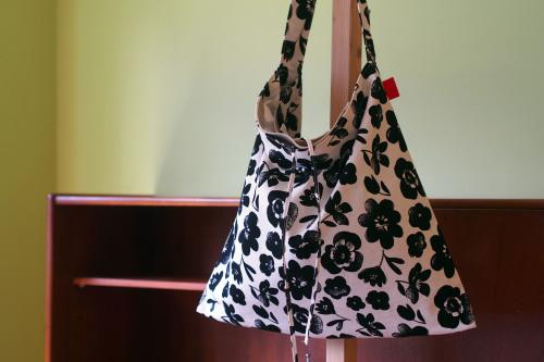 ファブリックを楽しむ「wear bag」_e0243765_22030483.jpg