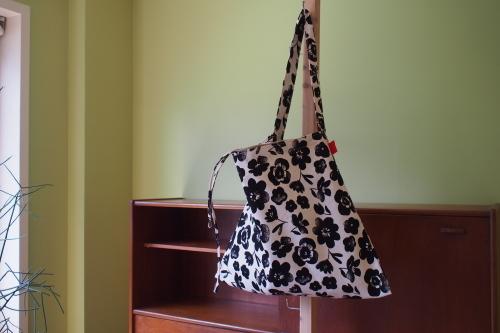 ファブリックを楽しむ「wear bag」_e0243765_22033274.jpg