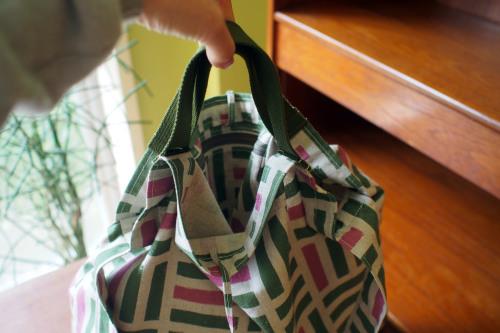ファブリックを楽しむ「wear bag」_e0243765_22041456.jpg