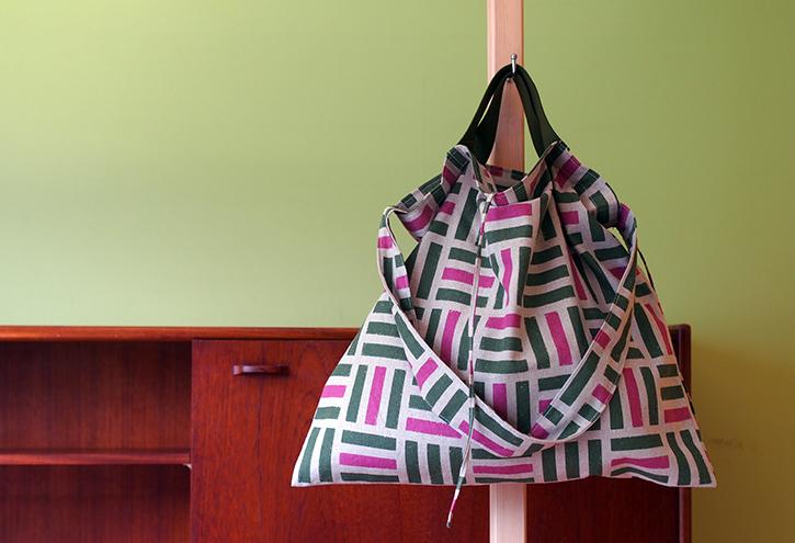 ファブリックを楽しむ「wear bag」_e0243765_22273270.jpg