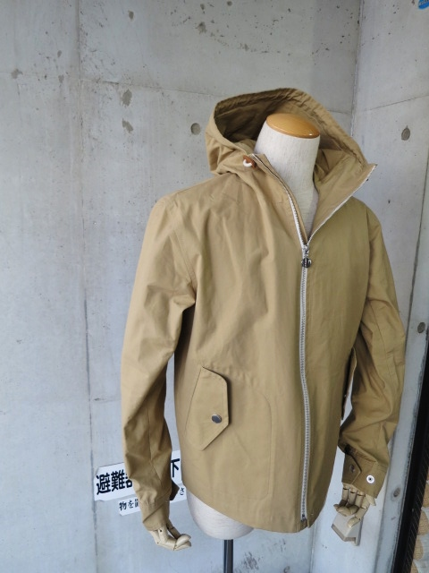 お陰様で各色・残り1枚づつ。。。Gloverall HOODED ZIP PARKA JACKET (UK Limited MODEL)_d0152280_11344848.jpg