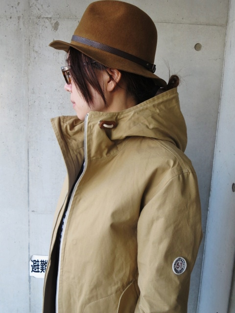 お陰様で各色・残り1枚づつ。。。Gloverall HOODED ZIP PARKA JACKET (UK Limited MODEL)_d0152280_11354263.jpg