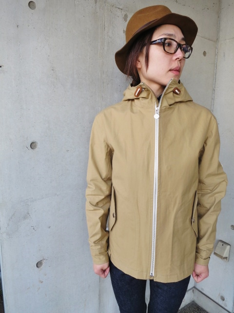 お陰様で各色・残り1枚づつ。。。Gloverall HOODED ZIP PARKA JACKET (UK Limited MODEL)_d0152280_11354868.jpg