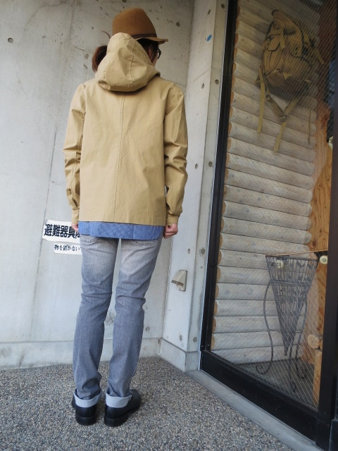 お陰様で各色・残り1枚づつ。。。Gloverall HOODED ZIP PARKA JACKET (UK Limited MODEL)_d0152280_11371261.jpg