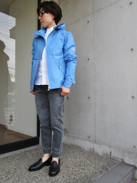 お陰様で各色・残り1枚づつ。。。Gloverall HOODED ZIP PARKA JACKET (UK Limited MODEL)_d0152280_1142158.jpg