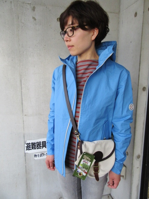 お陰様で各色・残り1枚づつ。。。Gloverall HOODED ZIP PARKA JACKET (UK Limited MODEL)_d0152280_11431077.jpg