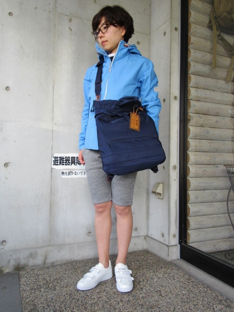 お陰様で各色・残り1枚づつ。。。Gloverall HOODED ZIP PARKA JACKET (UK Limited MODEL)_d0152280_11441830.jpg