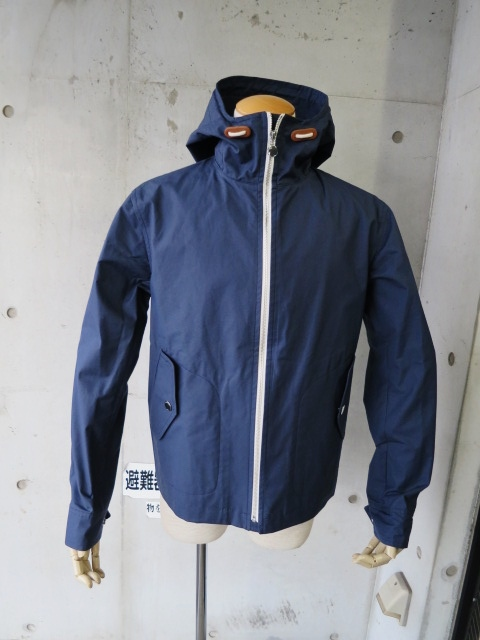 お陰様で各色・残り1枚づつ。。。Gloverall HOODED ZIP PARKA JACKET (UK Limited MODEL)_d0152280_12244587.jpg