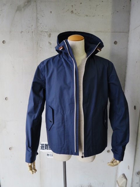 お陰様で各色・残り1枚づつ。。。Gloverall HOODED ZIP PARKA JACKET (UK Limited MODEL)_d0152280_12252175.jpg