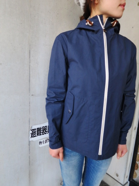 お陰様で各色・残り1枚づつ。。。Gloverall HOODED ZIP PARKA JACKET (UK Limited MODEL)_d0152280_12265210.jpg