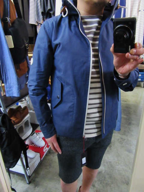 お陰様で各色・残り1枚づつ。。。Gloverall HOODED ZIP PARKA JACKET (UK Limited MODEL)_d0152280_144224100.jpg