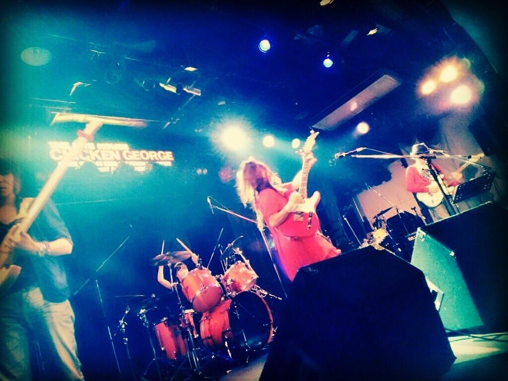 神戸チキンジョージでキラキラ_f0115311_05535119.jpg