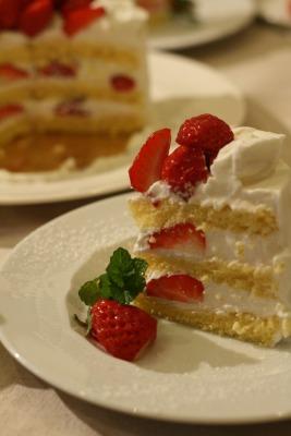 イチゴのショートケーキ_e0045565_11114311.jpg