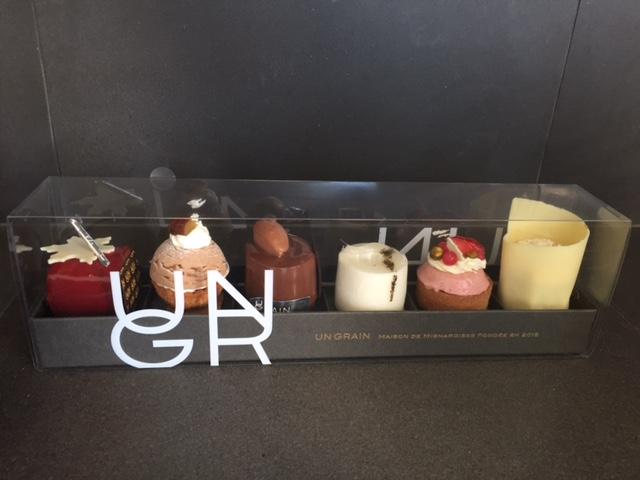 東京ラグジュアリーでご紹介「アン グラン」の小さなケーキでティータイム♪_a0138976_17161892.jpg