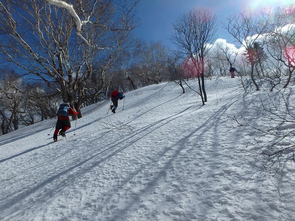 恵庭岳冬尾根、4月6日-同行者からの写真-_f0138096_22355648.jpg