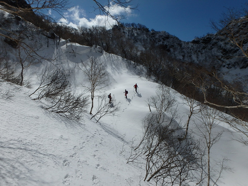 恵庭岳冬尾根、4月6日-同行者からの写真-_f0138096_2236891.jpg
