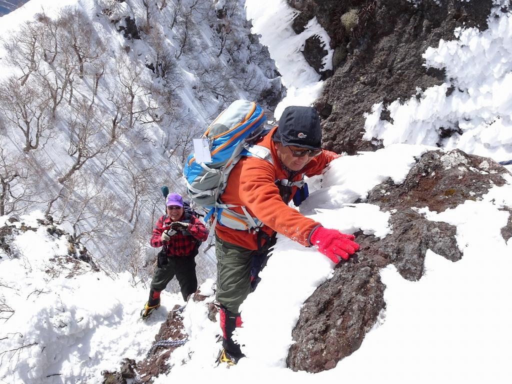 恵庭岳冬尾根、4月6日-同行者からの写真-_f0138096_22374179.jpg