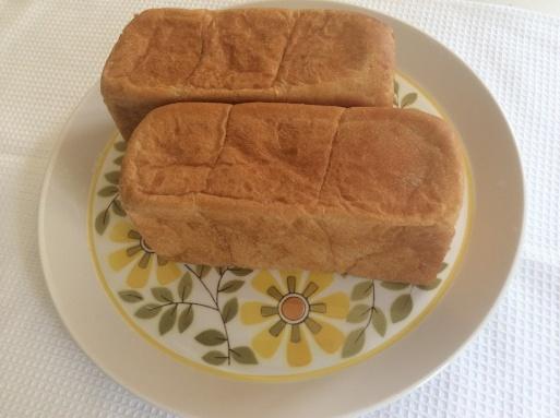 365日の食パン_b0210699_00442621.jpg