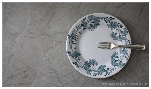 assiette ancienne クレイユ・エ・モントローの皿_d0184921_14475933.jpg