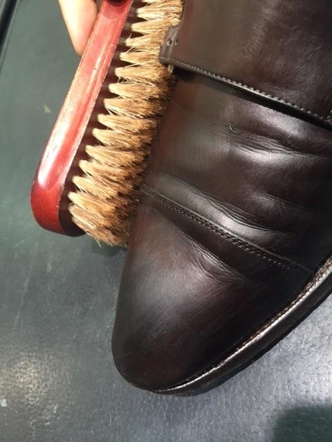 革靴のお手入れの説明書。_b0226322_21264168.jpg