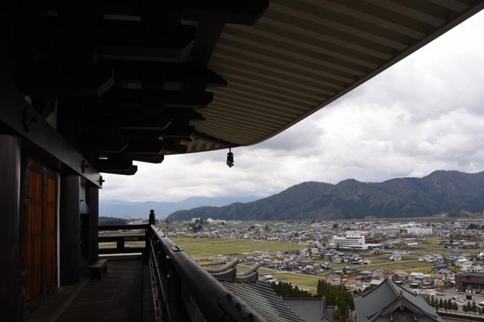 奈良の大仏よりでかい!高さ52mの大仏展やエレベーター付五重塔も魅力!でも客皆無!福井勝山の越前大仏_e0171573_21123837.jpg