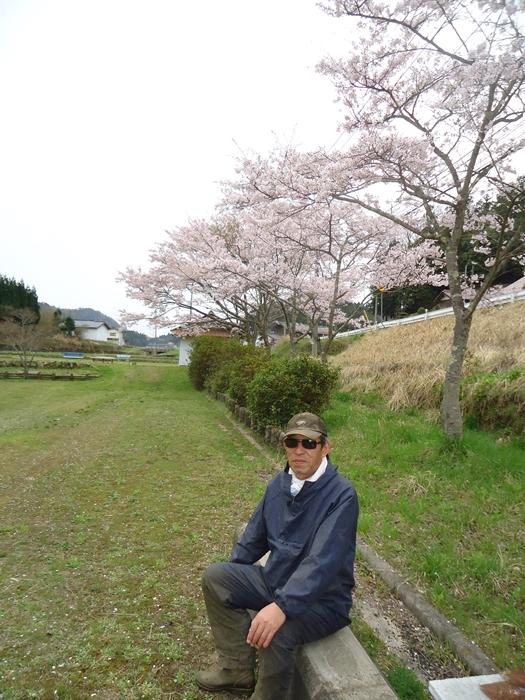 今年初草刈り!!_a0199979_19333270.jpg