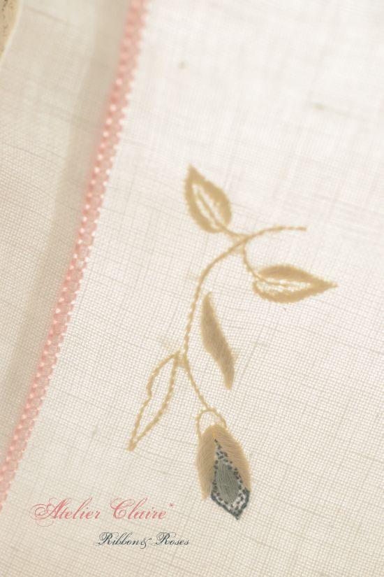 Ribbon&rosesのテーブルクロス~アイロンがけでピンと美しく~_a0157409_08272182.jpg