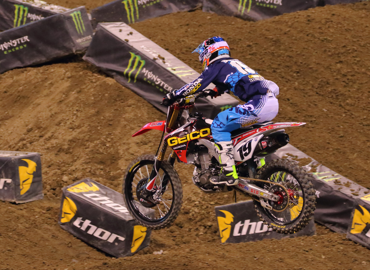 2016 Monster Energy Supercross Indianapolice その2_d0091546_2464930.jpg