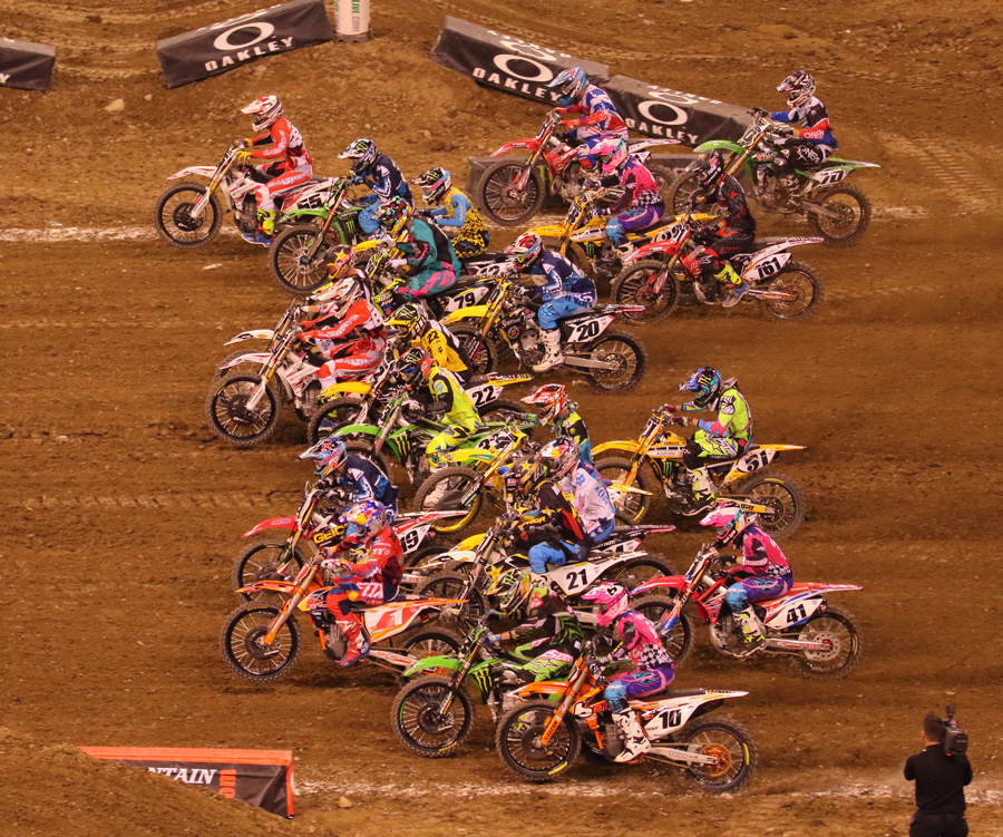 2016 Monster Energy Supercross Indianapolice その2_d0091546_252464.jpg