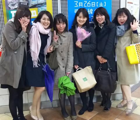同じフロアの左チーム女子にて「ラ・トリプレッタ」♪@武蔵小山_b0051666_739379.jpg