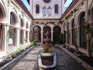 130年の歴史を誇る、カタルーニャの自然の恵みから!_d0091909_14594256.jpg