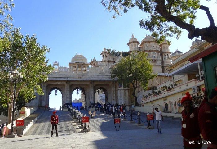 """インド・ラジャスタンの旅 13 ウダイプール """"シティパレス"""" その1_a0092659_20043718.jpg"""