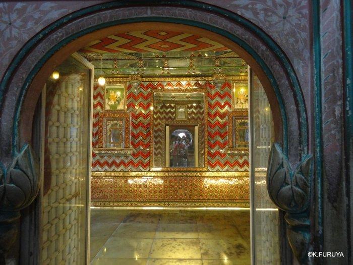 """インド・ラジャスタンの旅 13 ウダイプール """"シティパレス"""" その1_a0092659_21354861.jpg"""