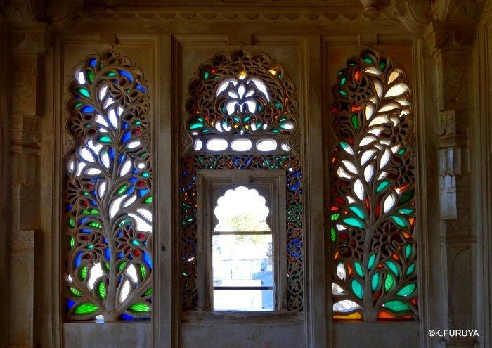 """インド・ラジャスタンの旅 13 ウダイプール """"シティパレス"""" その1_a0092659_22084713.jpg"""